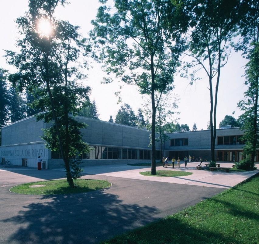 Ob Rinzi Elementary School 01